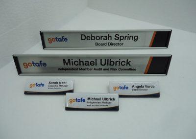 Name badge & desk name bars