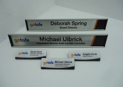 Name badge & desk name bars